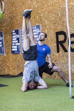 Stå på hænder personlig træning med niels jørgensen københavn