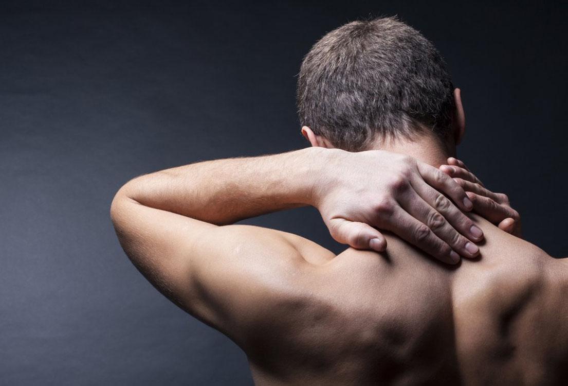 smerter i tindingen begge sider