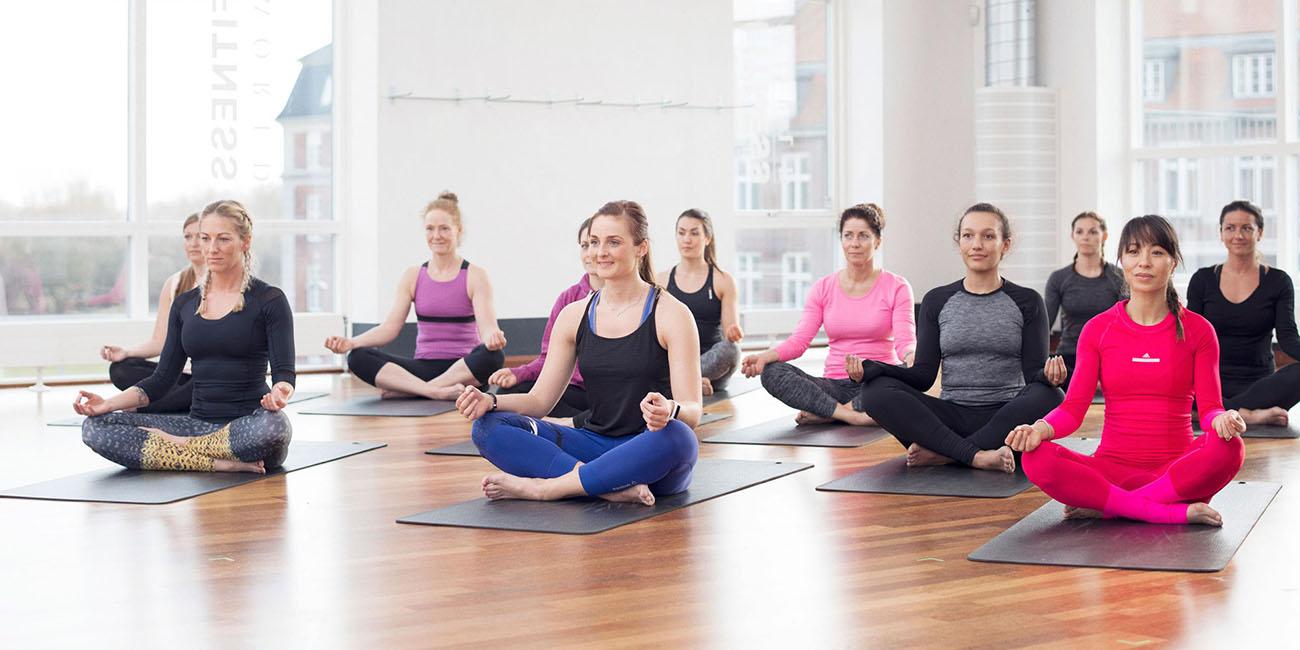 Yoga i Fitness World bookanaut