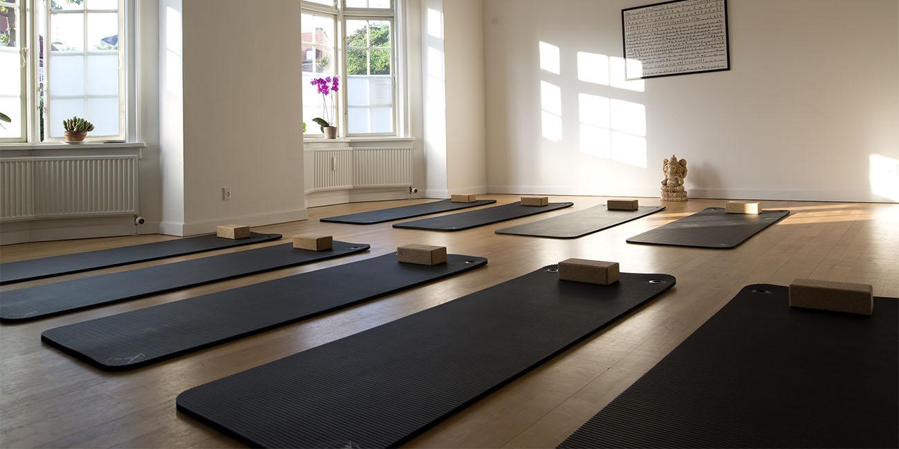 Astanga Yoga Studio bookanaut