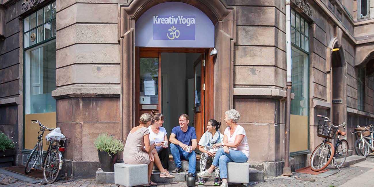 Kreativ Yoga Bookanaut